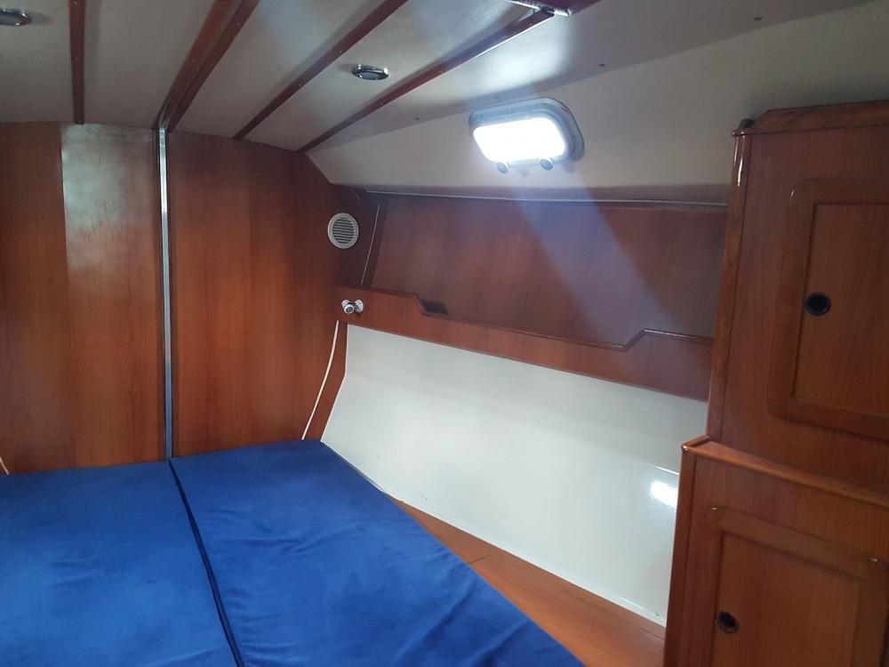 Boat rental Atlantic Atlantic 49 in Attica on Samboat