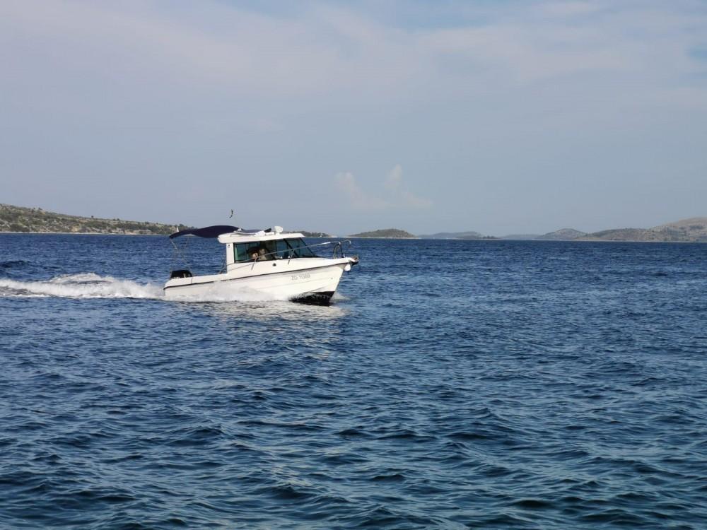 Boat rental Sas Vektor Sas Vektor 700 in Zadar on Samboat