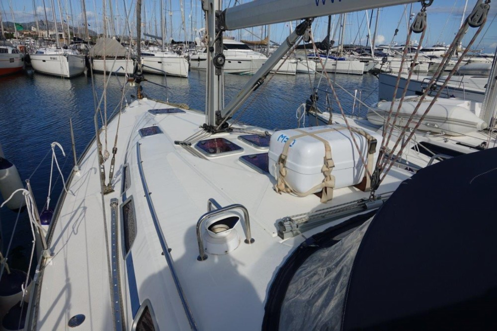 Hire Sailboat with or without skipper Bavaria Salerno