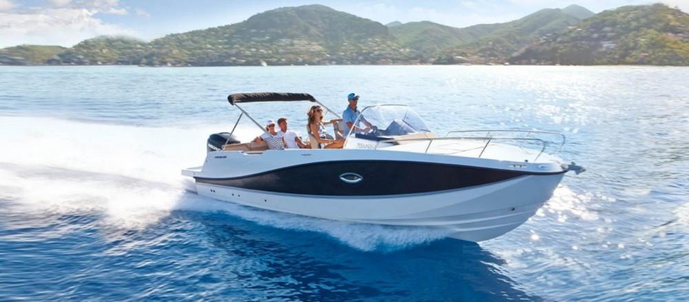 Boat rental Quicksilver Activ 755 Sundeck in La Orotava on Samboat