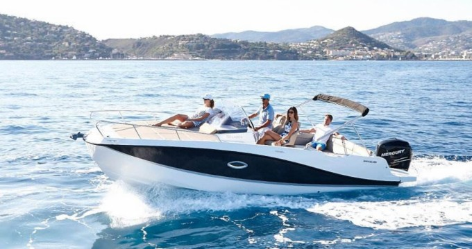Rental Motorboat in Costa Adeje - Quicksilver Activ 755 Sundeck