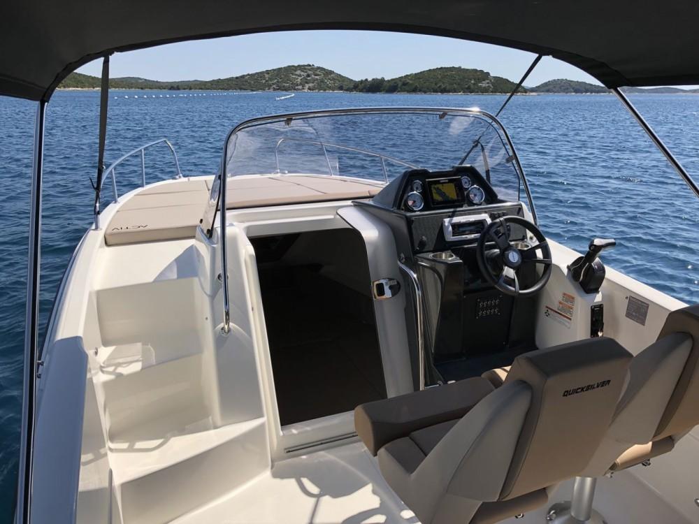 Boat rental La Orotava cheap Activ 755 Sundeck