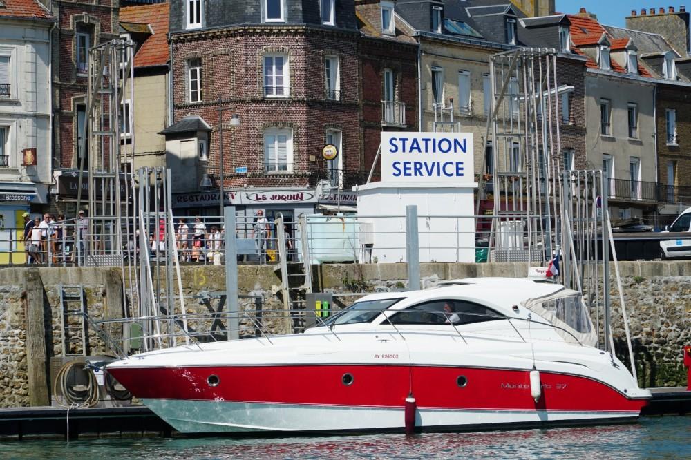 Rental yacht Boulogne-sur-Mer - Bénéteau Monte Carlo 37 HT on SamBoat