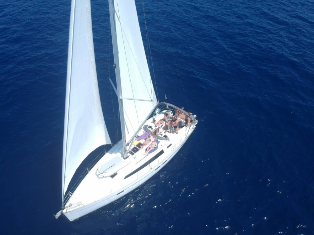 Boat rental Bavaria Bavaria 46 Cruiser New in San Vincenzo on Samboat
