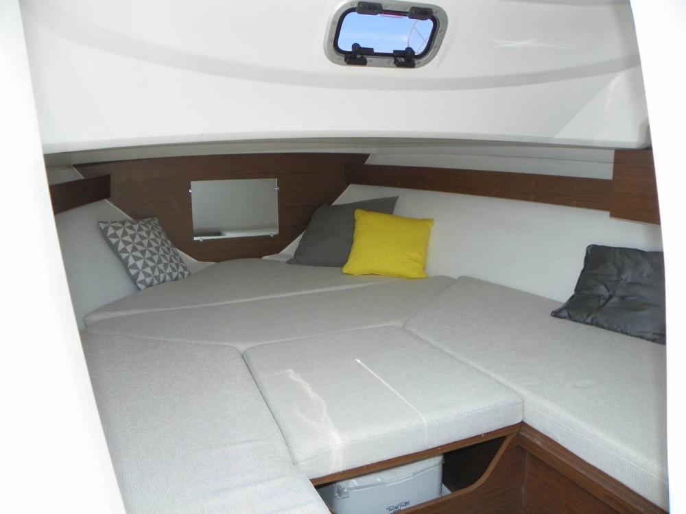 Rental yacht  - Jeanneau Cap Camarat 6.5 WA Serie 3 on SamBoat