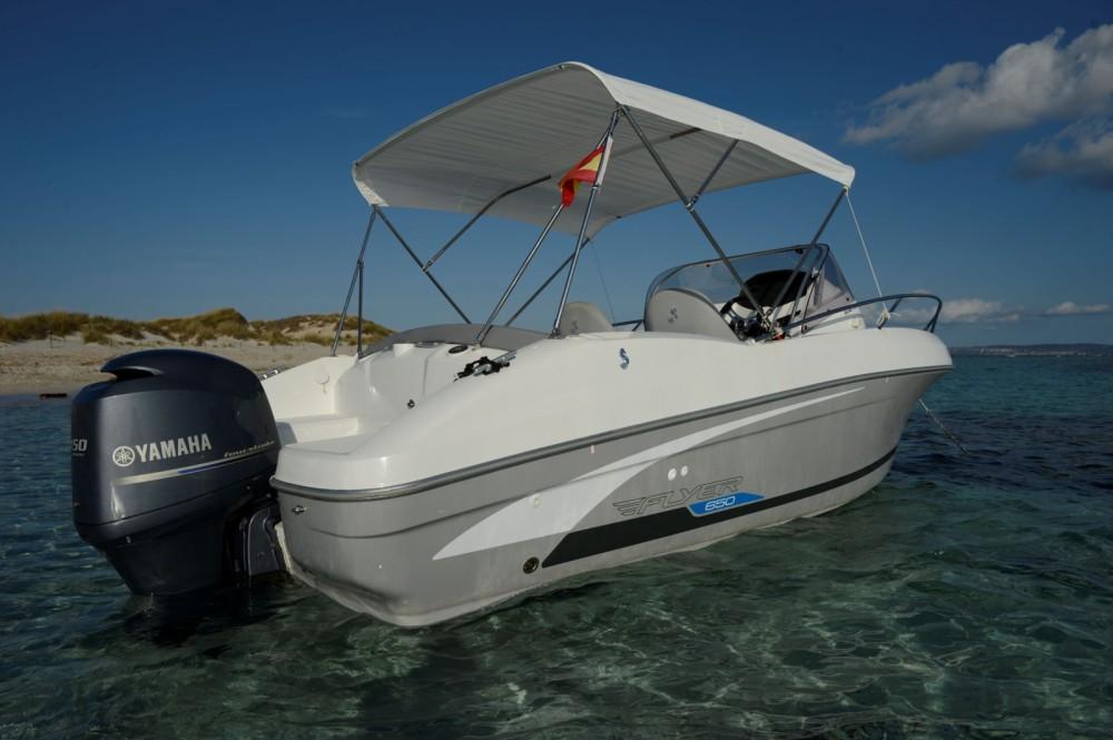 Rental Motorboat in Ibiza - Bénéteau Flyer 650 SD