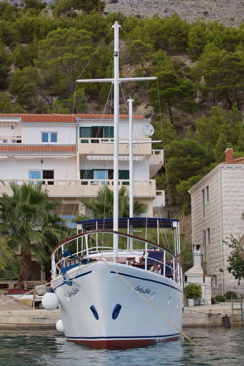 Hire Yacht with or without skipper Unknown Omiš
