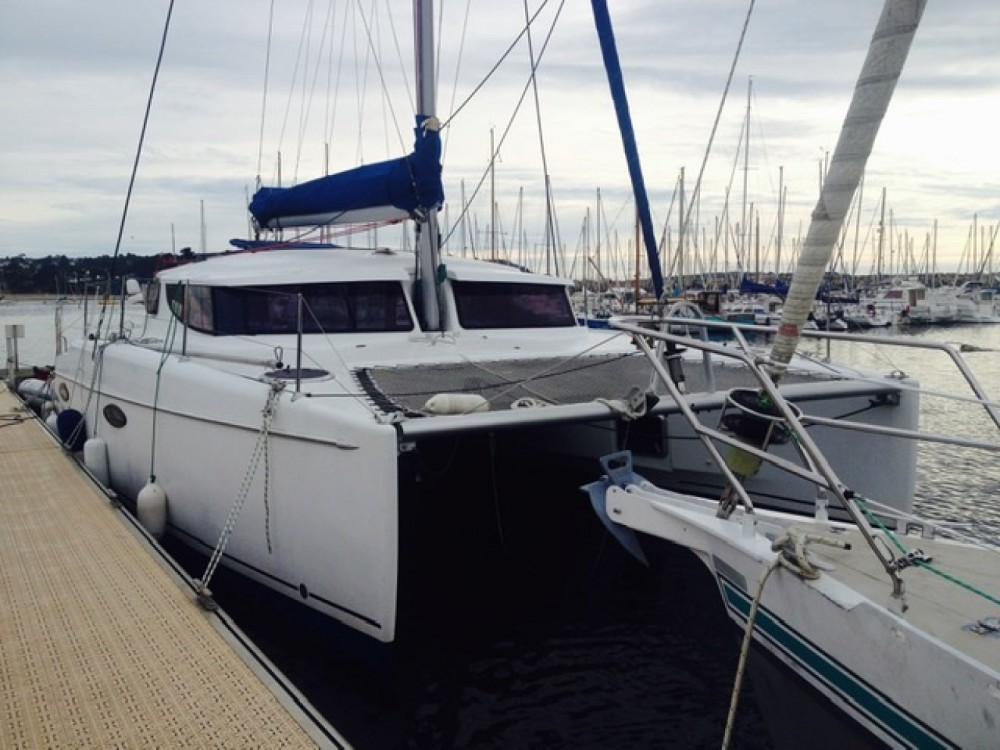 Hire Catamaran with or without skipper Fountaine Pajot Saint-Valery-sur-Somme