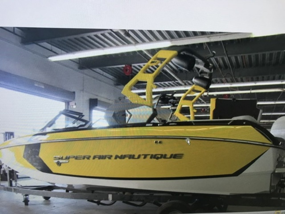 Rental Motorboat in Aix-les-Bains - Nautique Correct Craft g21