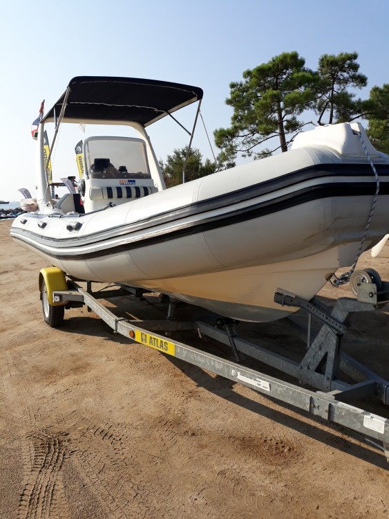 Hire RIB with or without skipper Valiant Corsica
