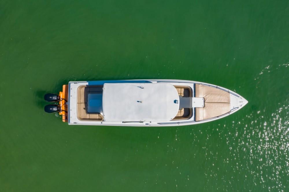 Boat rental Cartagena cheap 38 open