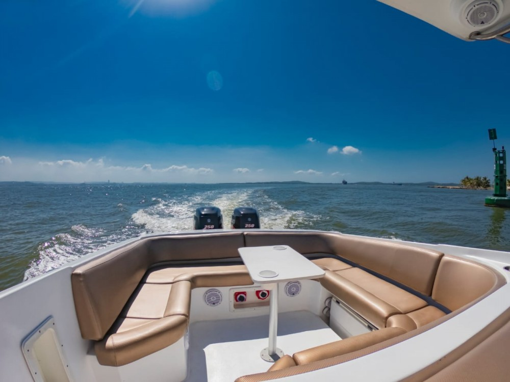 Hire Motorboat with or without skipper Intrepid Bolívar