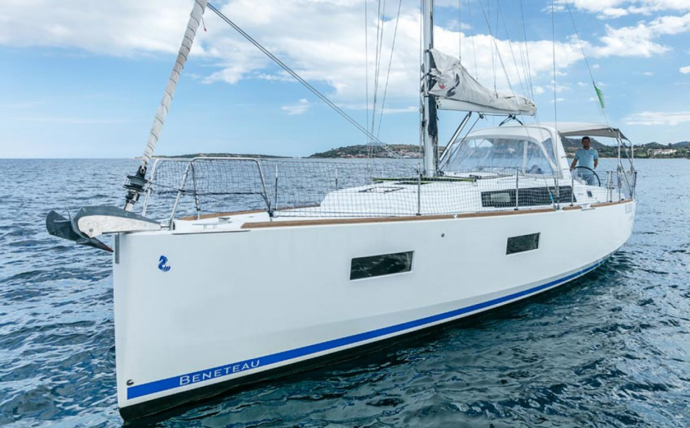 Hire Sailboat with or without skipper Bénéteau Ayamonte