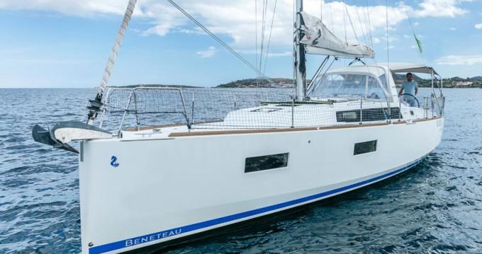 Rental Sailboat in Ayamonte - Bénéteau Oceanis 38