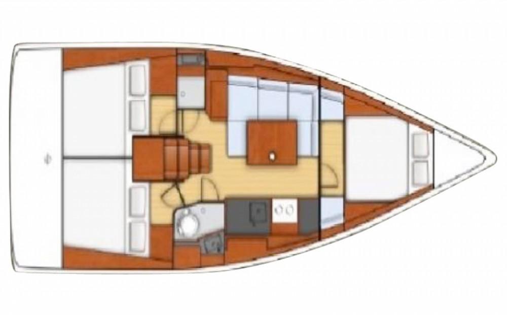 Boat rental Bénéteau OCEANIS 38 in Ayamonte on Samboat