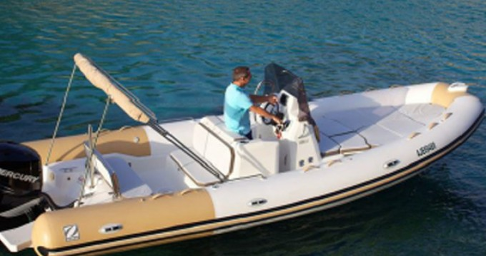Hire RIB with or without skipper Zodiac Saint-Tropez
