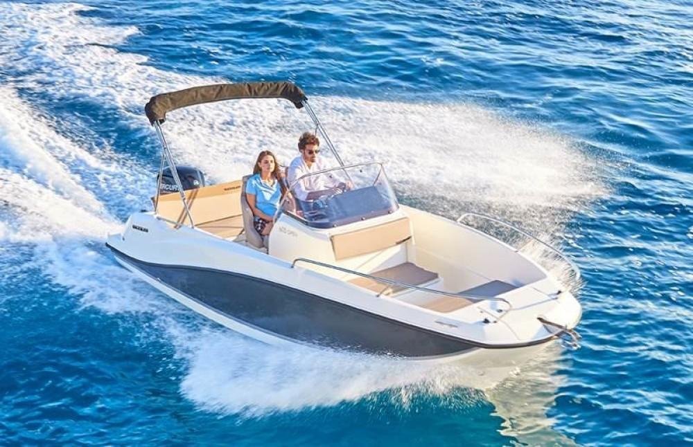 Boat rental Trogir cheap Activ 605 Open