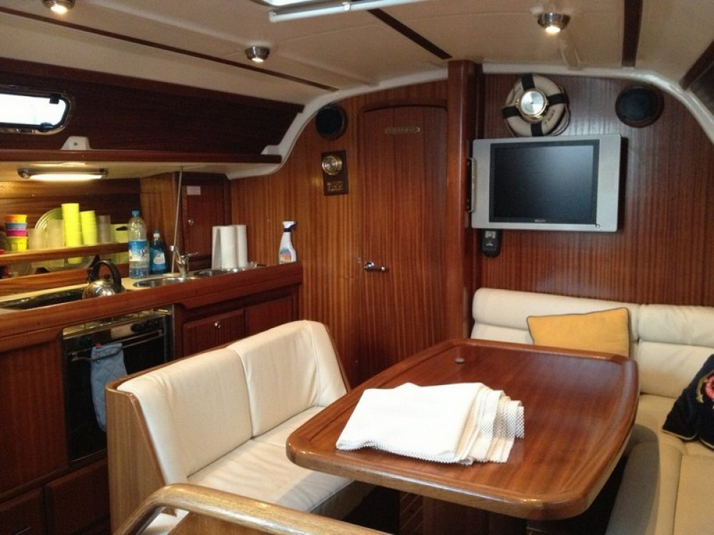 Sailboat for rent Yalıkavak at the best price