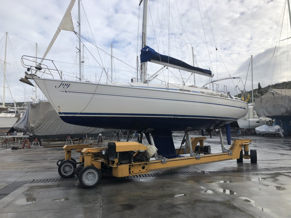 Hire Sailboat with or without skipper Bavaria Yalıkavak
