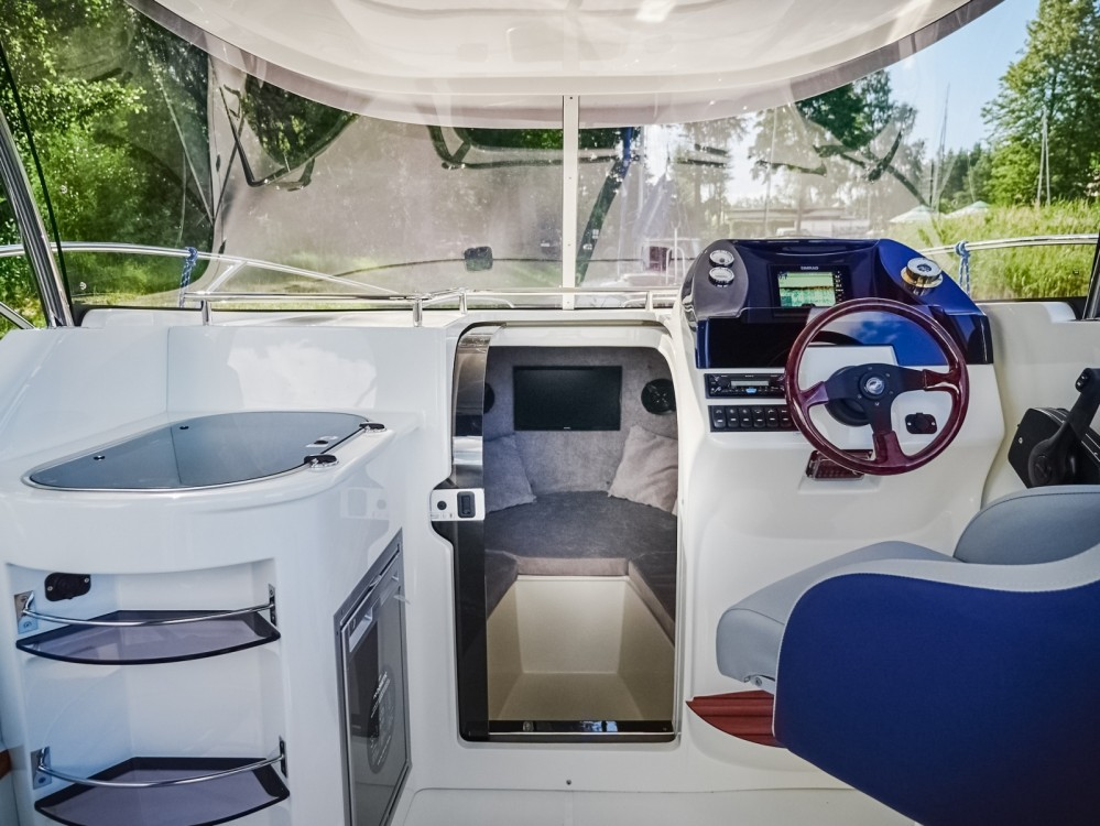 Motor boat for rent Giżycko at the best price