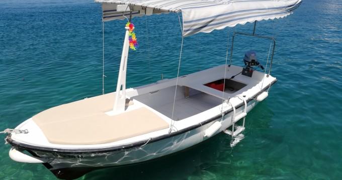 Rental Motorboat in Milna - Jugoplastika Pasara 4.6