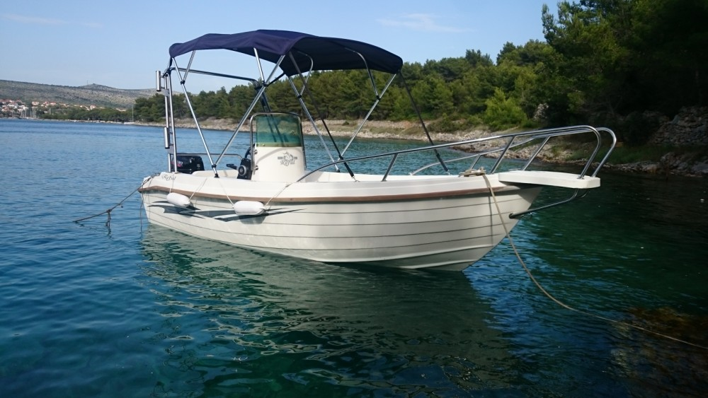 Rental Motor boat in Milna - Reful Reful Open 5