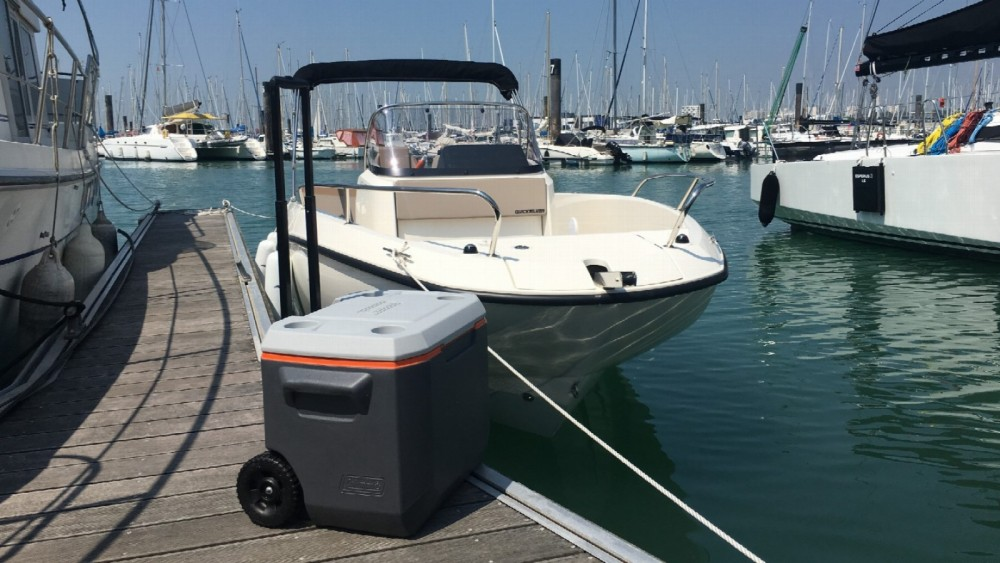 Boat rental Quicksilver Activ 605 Open in La Rochelle on Samboat