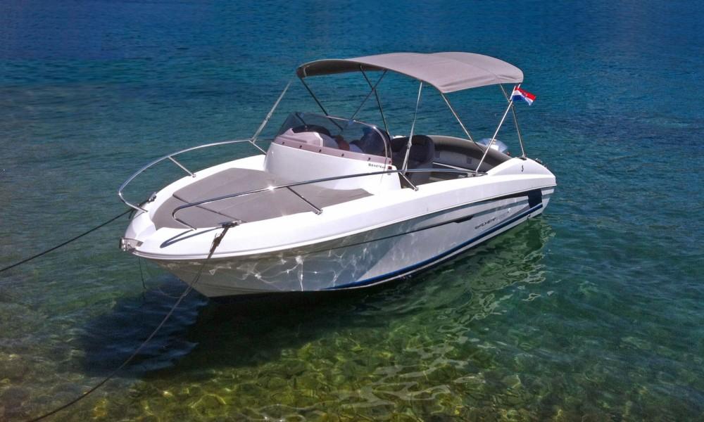 Hire Motorboat with or without skipper Bénéteau Mokošica