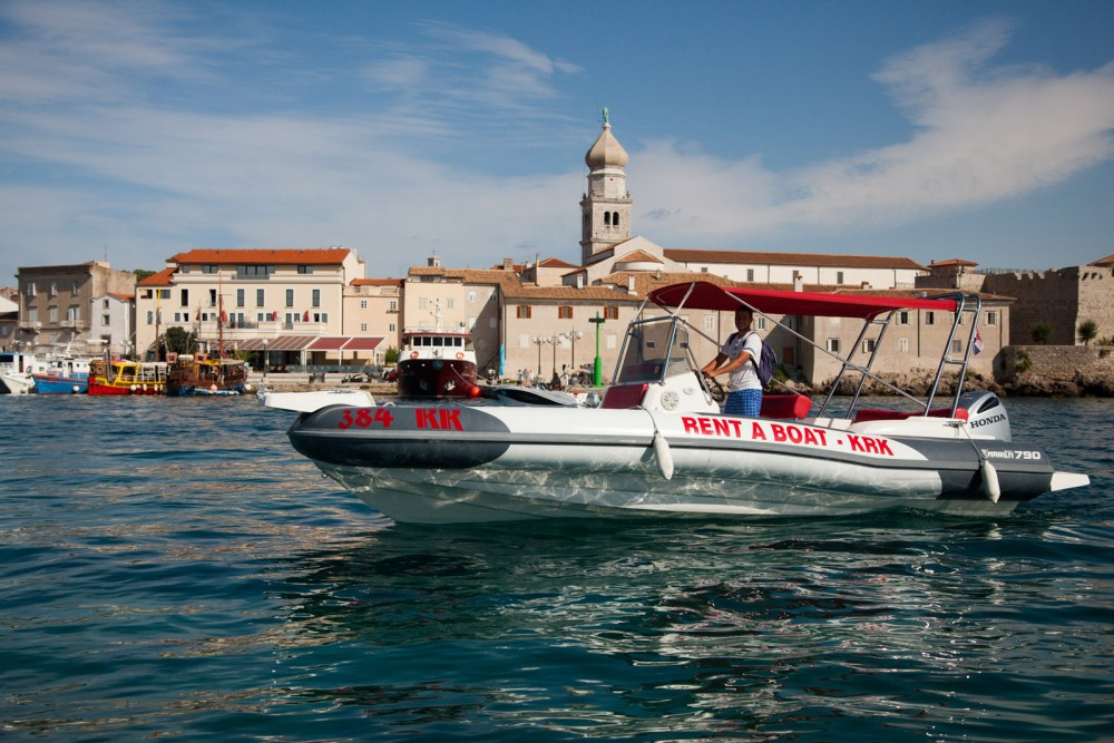 Marlin Boat Dynamic 790 between personal and professional Croatia
