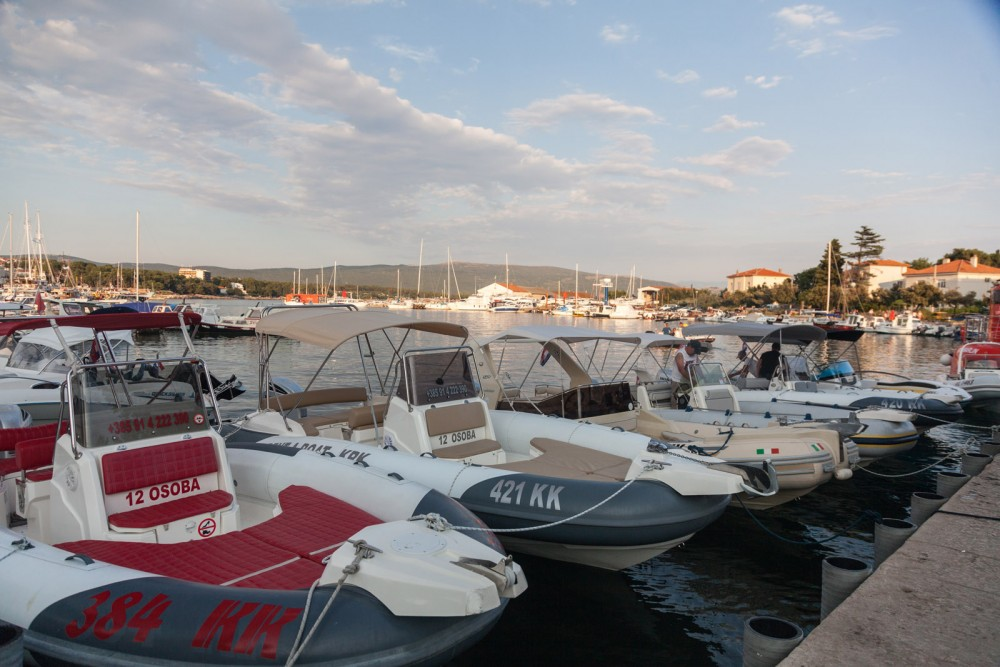 Rent a Marlin Boat Dynamic 790 Croatia