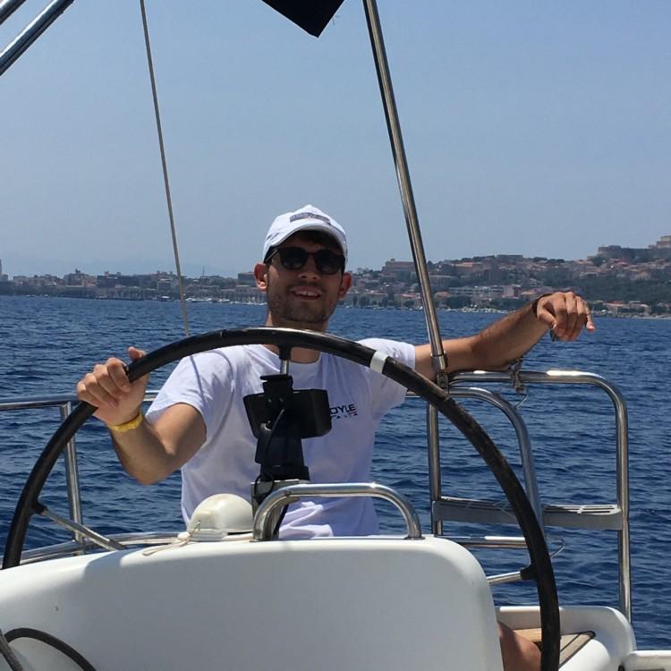Rental Sailboat in Milazzo - Bénéteau Cyclades 39.3
