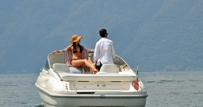 Rental yacht Como - Cranchi Turchese 24 on SamBoat