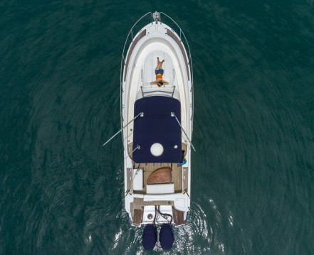 Hire Motorboat with or without skipper Jeanneau Phuket