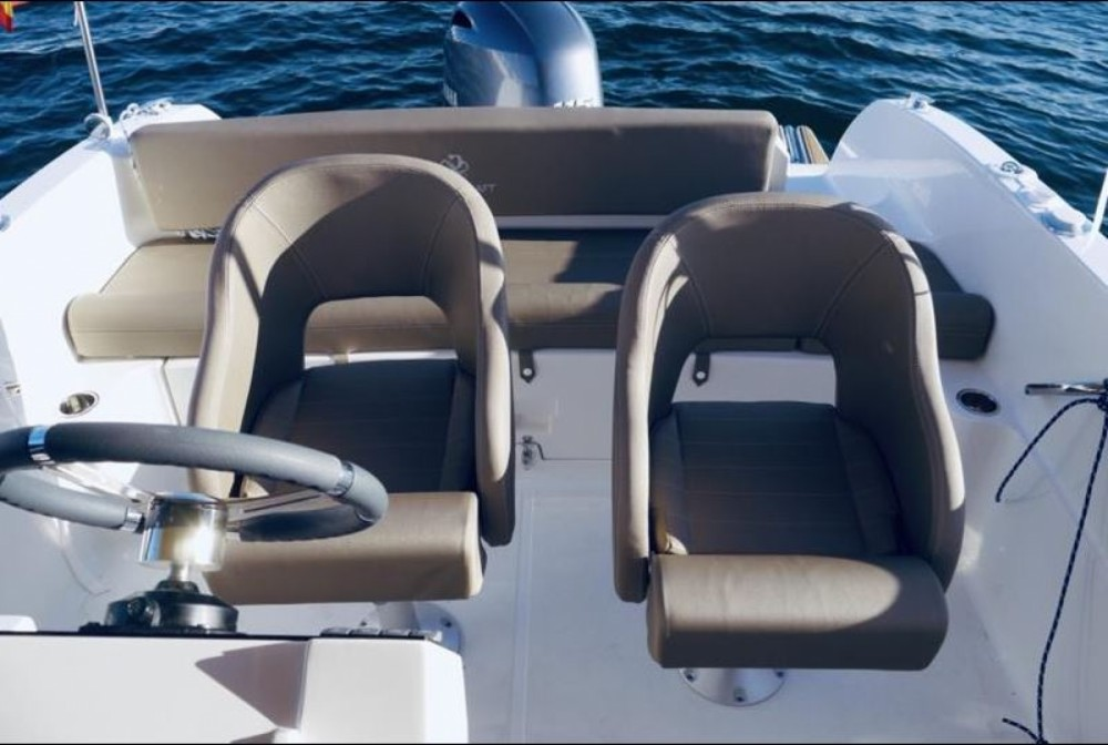 Rental yacht Le Lavandou - Pacific Craft Pacific Craft 670 Open on SamBoat