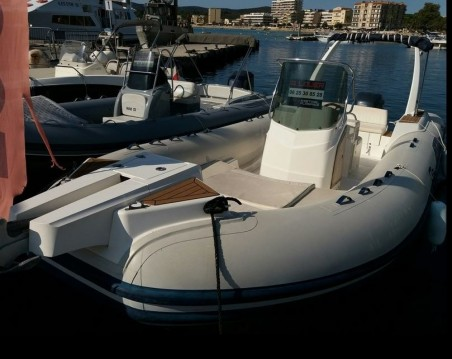 RIB for rent Le Lavandou at the best price