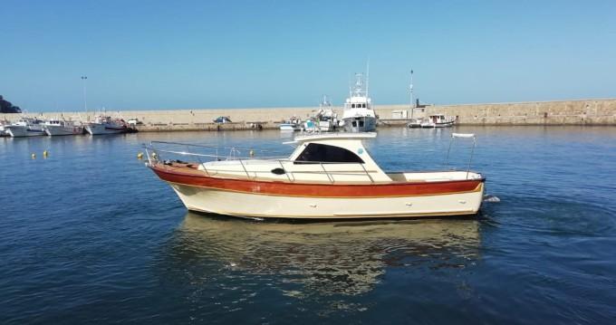 Boat rental Positano cheap Milano Aprea Mary