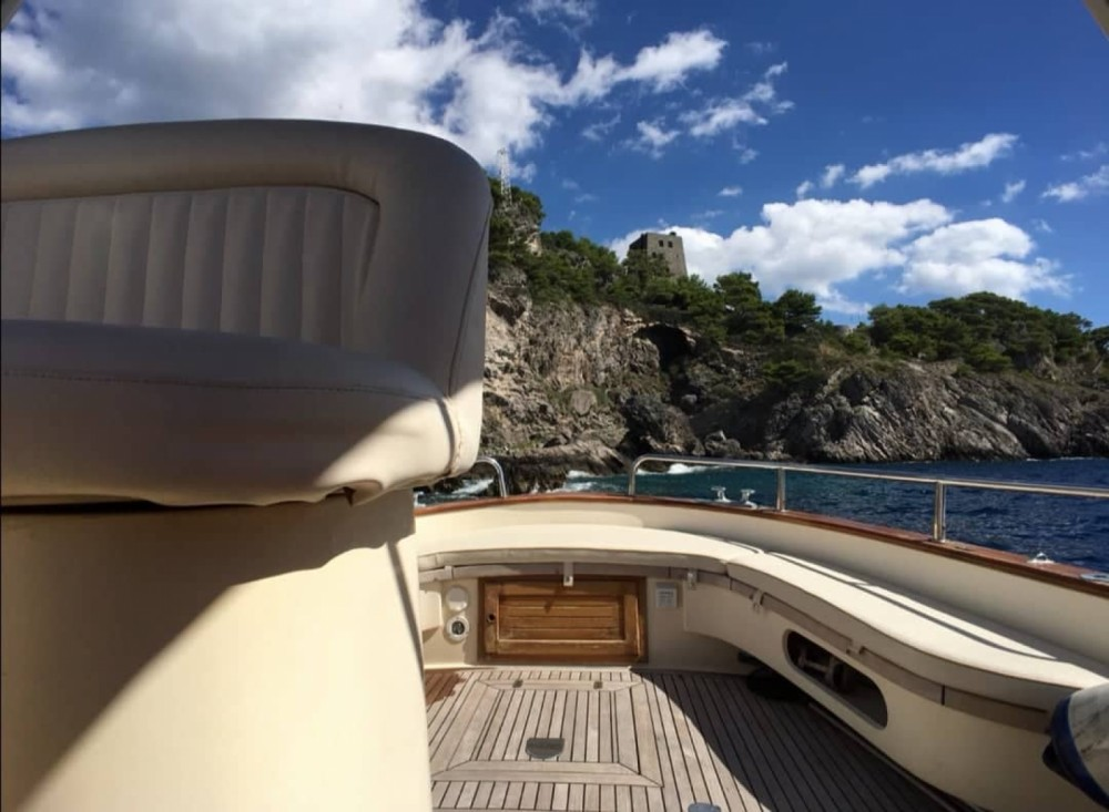 Rental yacht Positano - Fratelli Aprea 7.50 on SamBoat