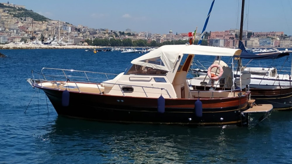 Rental Motor boat Fratelli Aprea with a permit