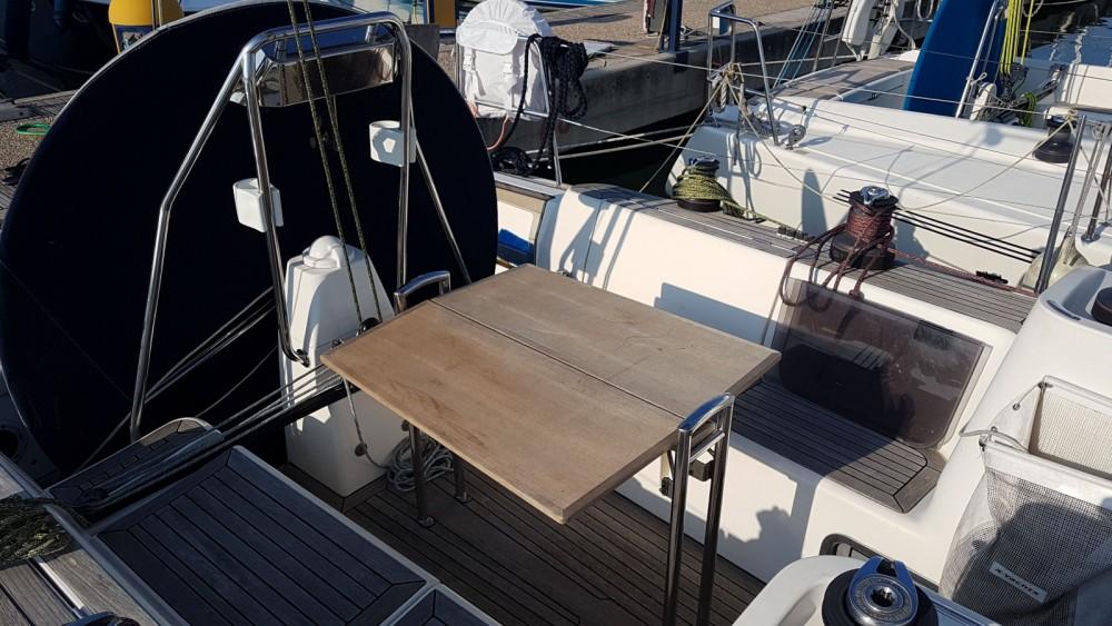 Rental Sailboat in Pescara - X-Yachts X-40