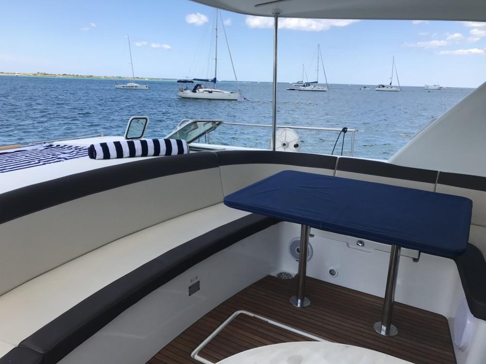 Rental yacht Porto Cesareo - Lagoon Lagoon 43 Power on SamBoat