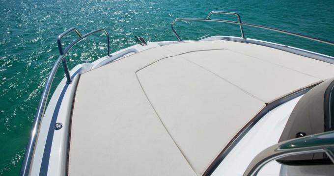 Boat rental Bénéteau Flyer 550 Sun Deck in Palamós on Samboat