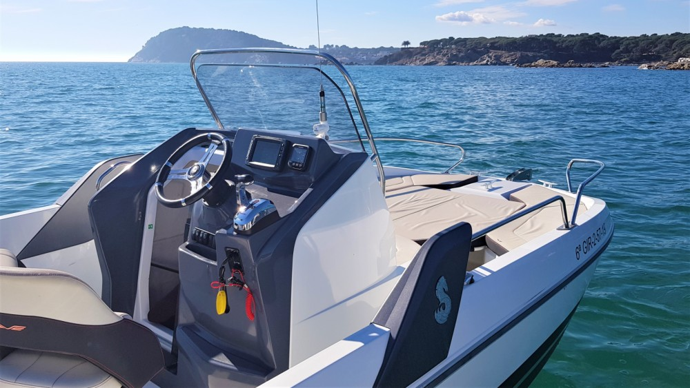 Motorboat for rent Palamós at the best price