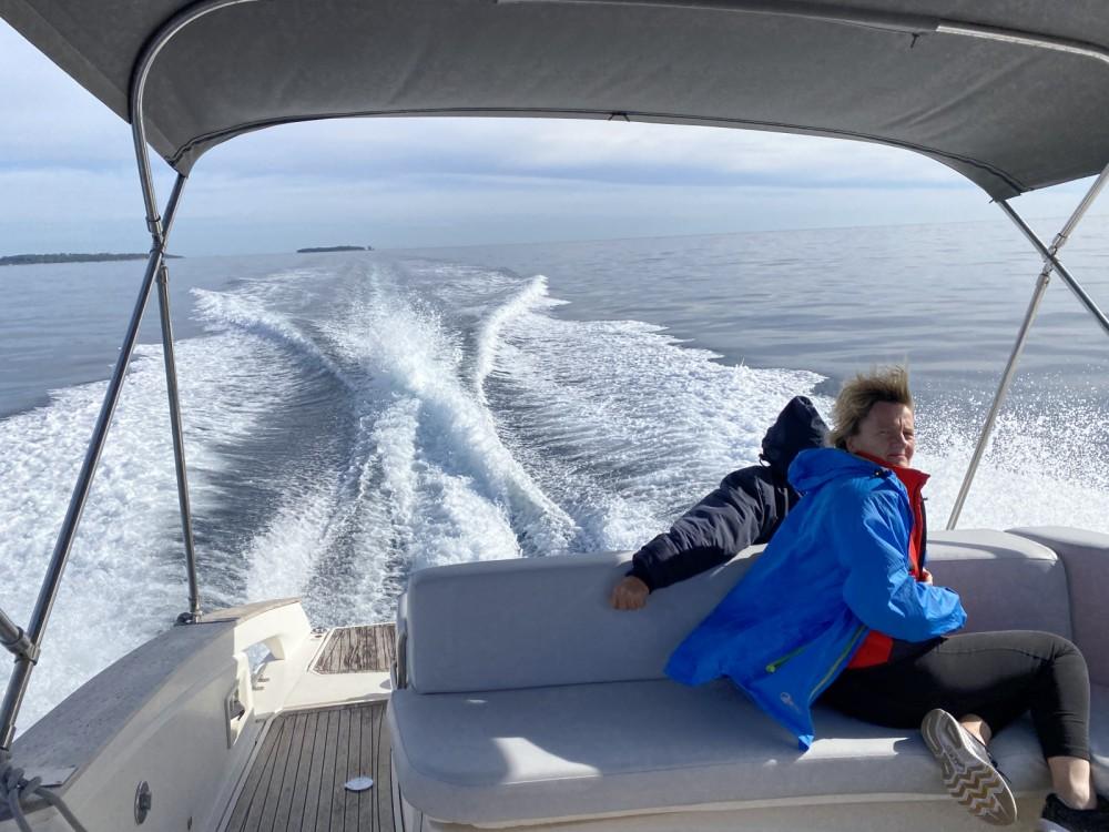 Open 35 open cabin cruiser between personal and professional Mandelieu-la-Napoule