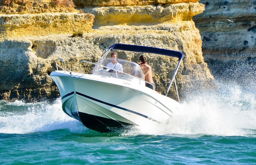 Boat rental Algarve cheap Cap Camarat 635 Cc