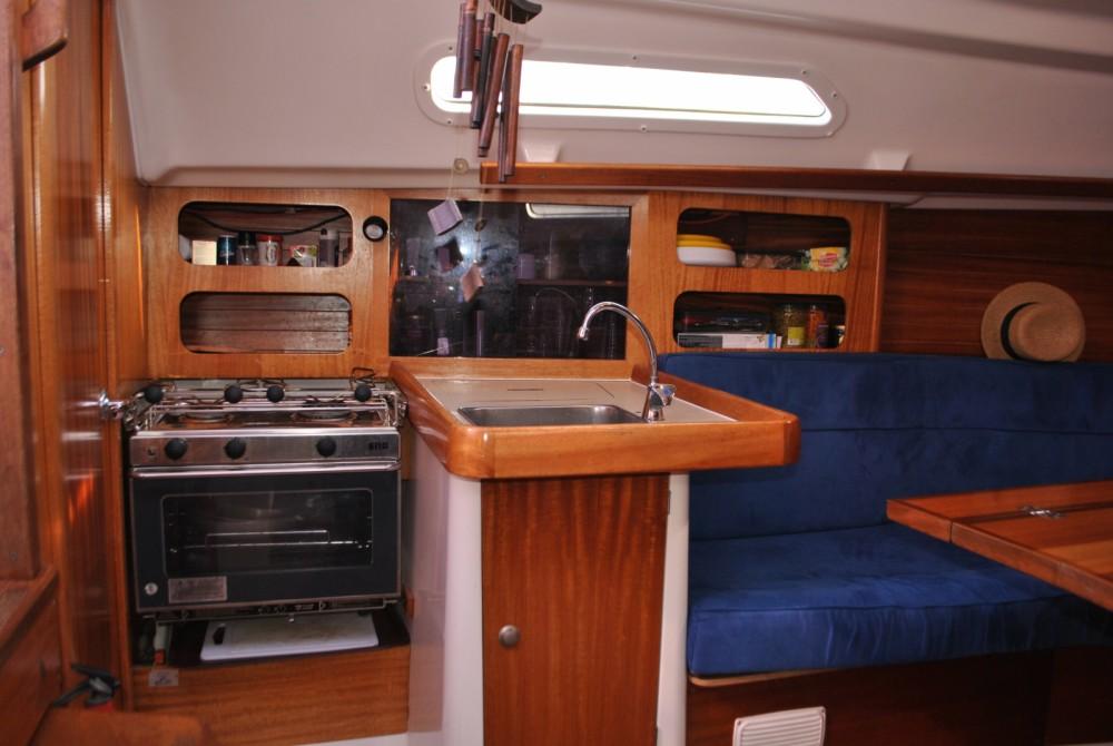 Rental Sailboat in Six-Fours-les-Plages - Dufour Dufour 30 Classic