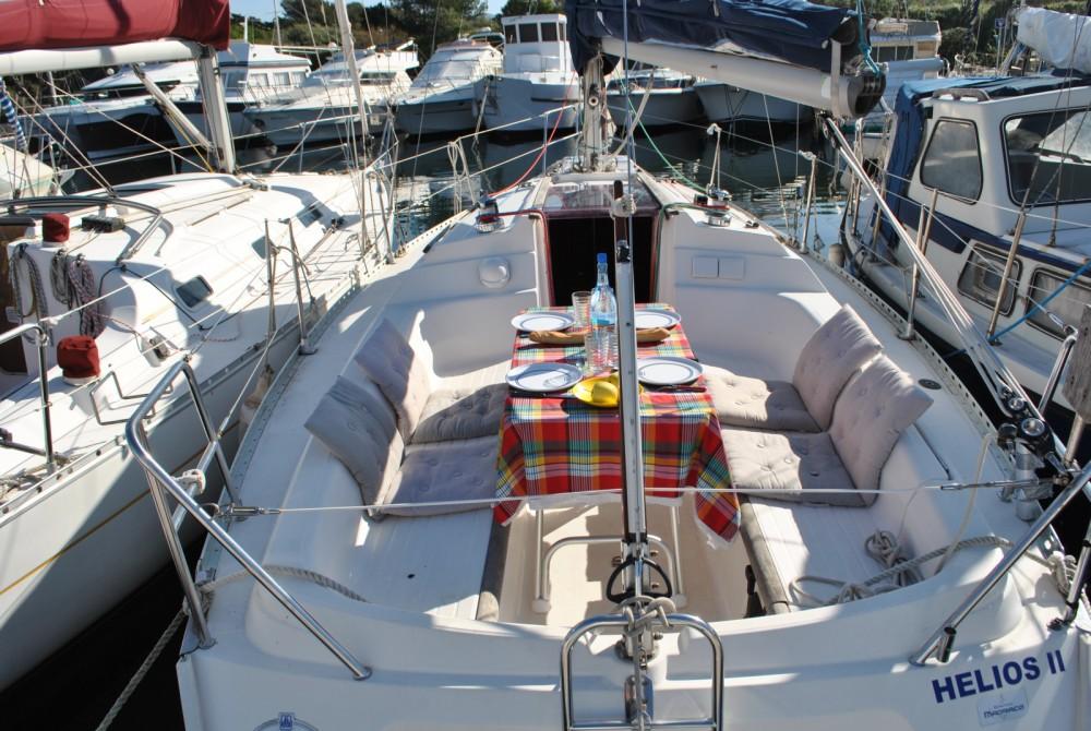 Boat rental Six-Fours-les-Plages cheap Dufour 30 Classic