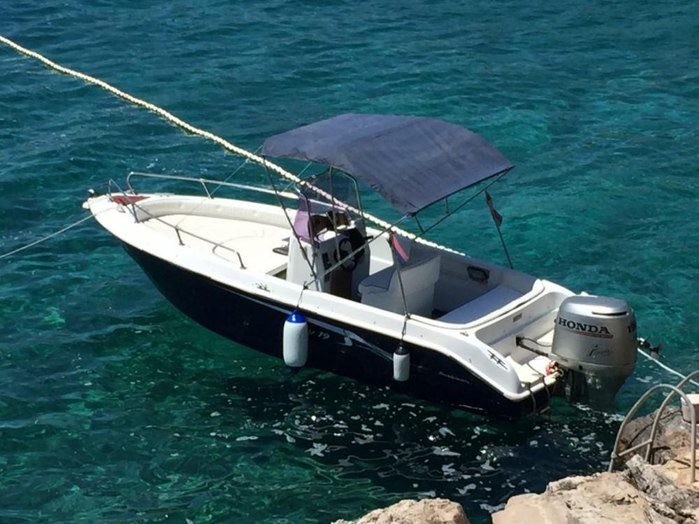 Rental Motor boat NAVALPLASTICA with a permit