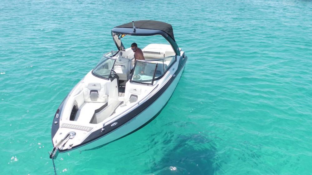Rental Motor boat in Eivissa - Monterey 288ss