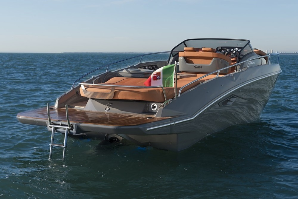 Boat rental Bari cheap Endurance 30