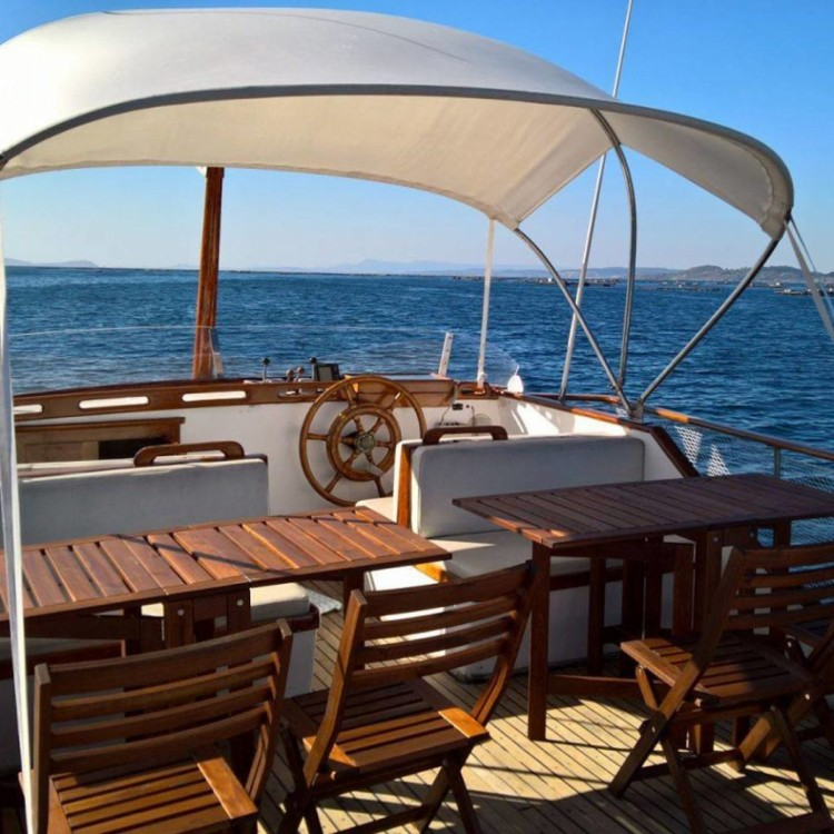 Hire Yacht with or without skipper Grand Banks Sanxenxo